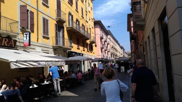 イタリアらしい町並み