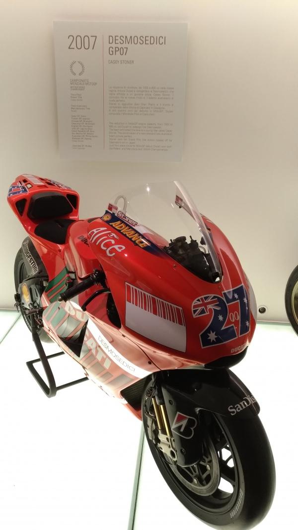 ケーシー・ストーナーのチャンピオンマシン